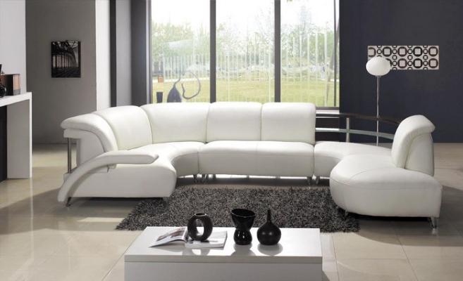 Il colore del divano divani lecce e provincia - Divano bianco in pelle ...