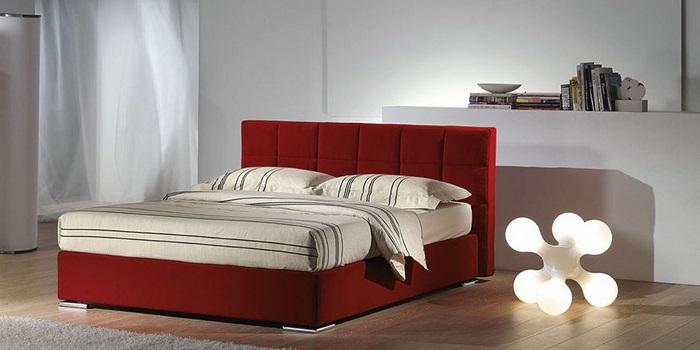 L 39 orientamento del letto per una migliore qualit del sonno lecce - Letto venezia per dormire ...