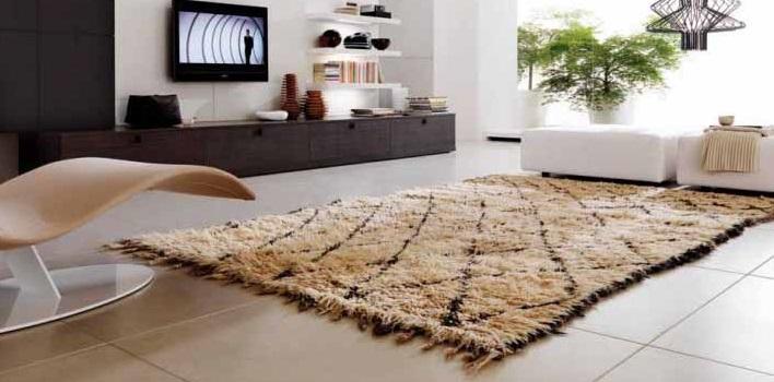 Il tappeto un vero complemento duarredo e soprattutto per - Tappeti quadrati moderni ...