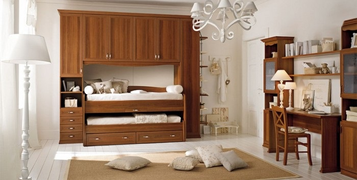 Come scegliere la cameretta in una casa dallo stile classico a lecce - Casa stile classico ...