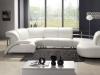divano-in-pelle-bianco